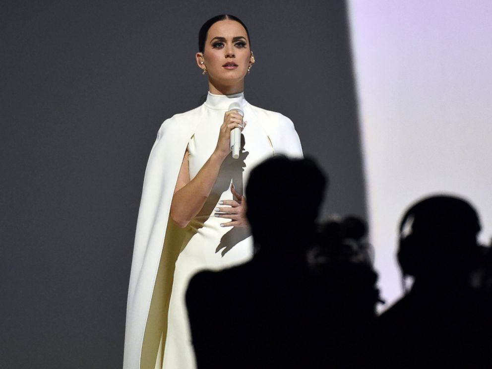 PHOTO: Katy Perry performs at the 57th annual Grammy Awards, Feb. 8, 2015, in Los Angeles.