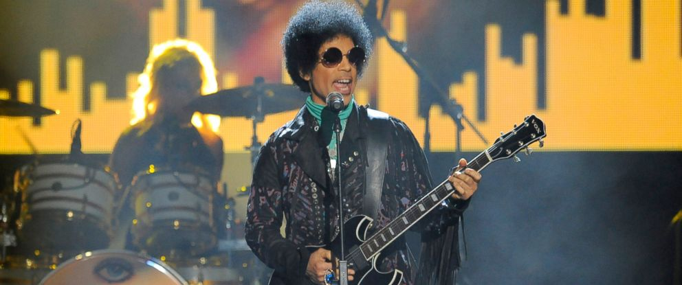 PHOTO: Prince performs at the Billboard Music Awards at the MGM Grand Garden Arena in Las Vegas, May 19, 2013.Prince performs at the Billboard Music Awards at the MGM Grand Garden Arena in Las Vegas, May 19, 2013.