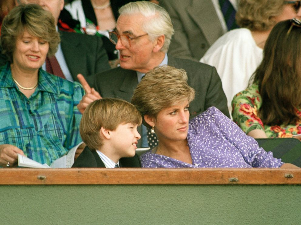 PHOTO: The Princess of Wales explains things to Prince Williams, 9, during his first visit to Wimbledon, July 6, 1991.
