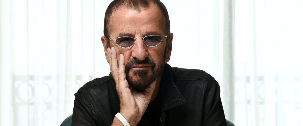 PHOTO Ringo Starr Poses For A Portrait At The London Hotel In West Hollywood