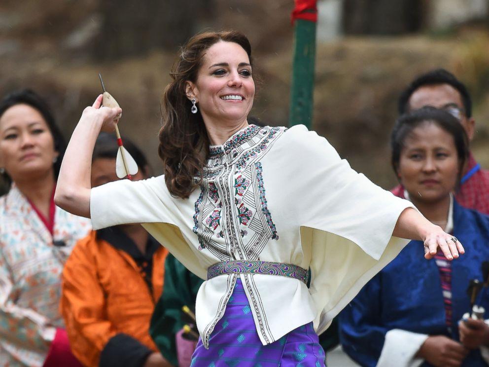 PHOTO: The Duchess of Cambridge throws a dart at an archery event in Thimphu, Bhutan, April 14, 2016.