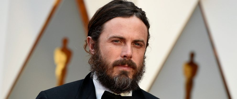 PHOTO: Casey Affleck arrives at the Oscars in Los Angeles on Feb. 26, 2017.