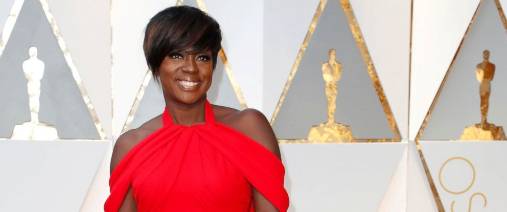 PHOTO: Viola Davis arrives for the 89th annual Academy Awards ceremony at the Dolby Theatre in Hollywood, Calif., Feb. 26, 2017.