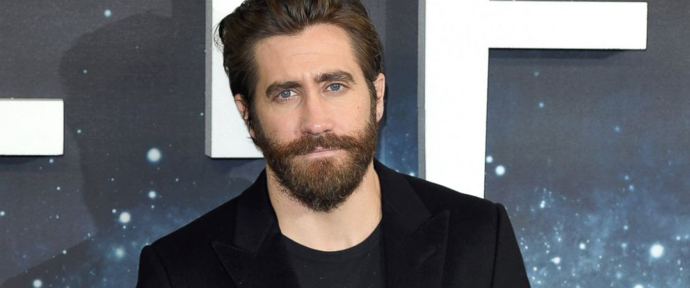 "PHOTO: Jake Gyllenhaal attends the ""Life"" photocall at Corinthia Hotel London, March 16, 2017, in London."