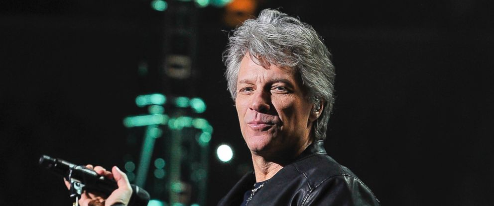 PHOTO: Jon Bon Jovi performs at the SAP Center, March 1, 2017, in San Jose, Calif.