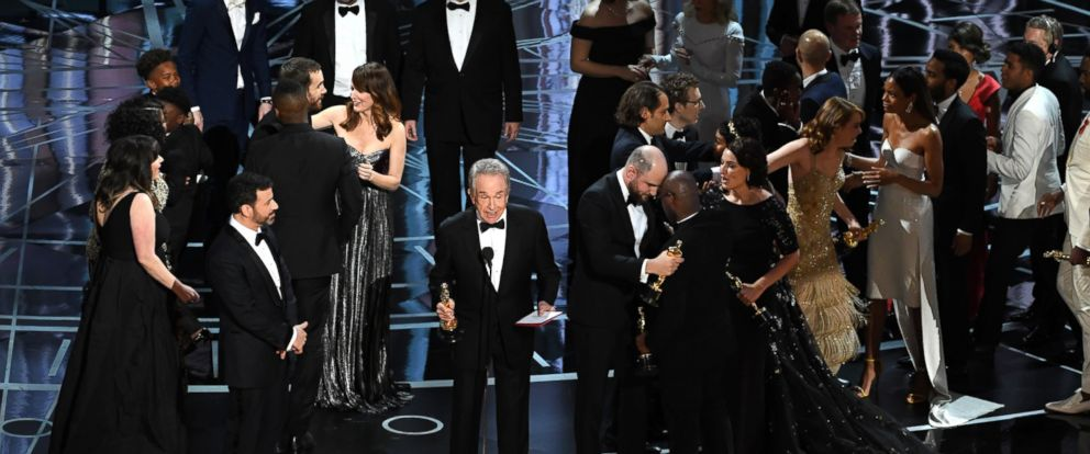 PHOTO: Actor Warren Beatty explains a presentation error which resulted in Best Picture being announced as La La Land instead of Moonlight at the 89th Annual Academy Awards at Hollywood & Highland Center, on Feb. 26, 2017, in Hollywood, Calif.