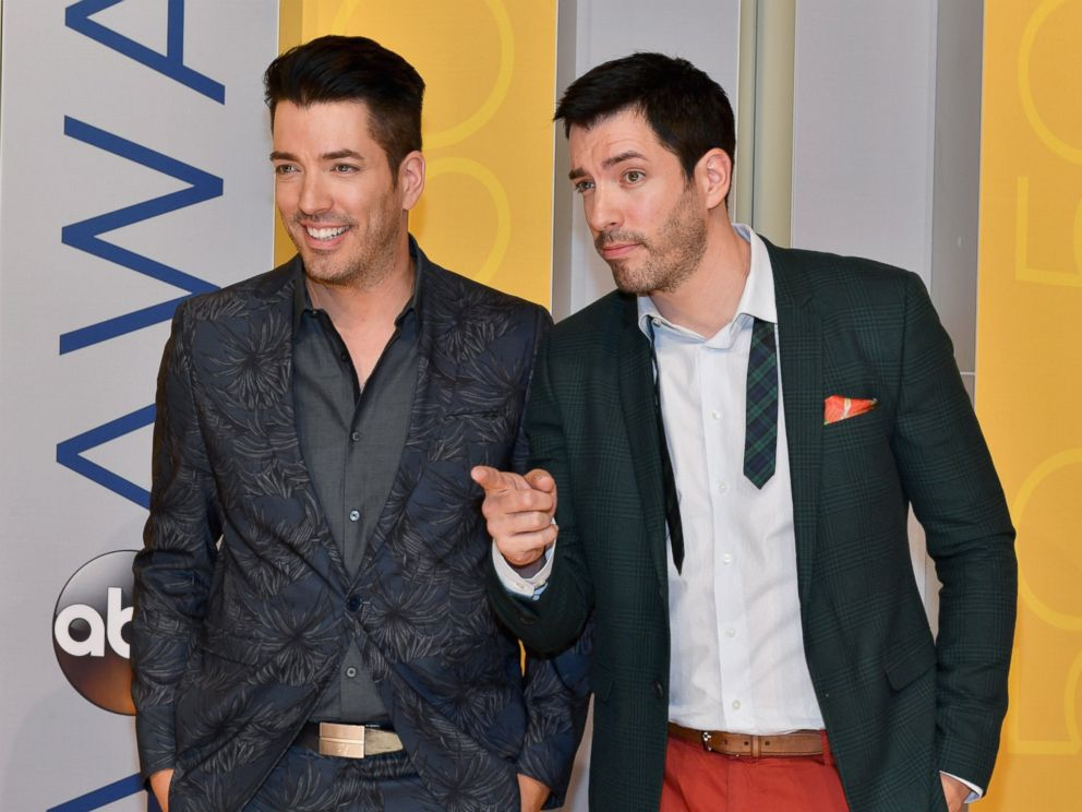 39 property brothers 39 star drew scott the 1st celebrity Who are the property brothers