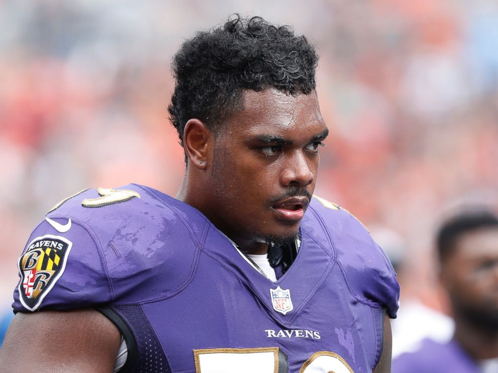 32e37064 GMA' Pawdoption Bowl: Ronnie Stanley From the Baltimore Ravens ...