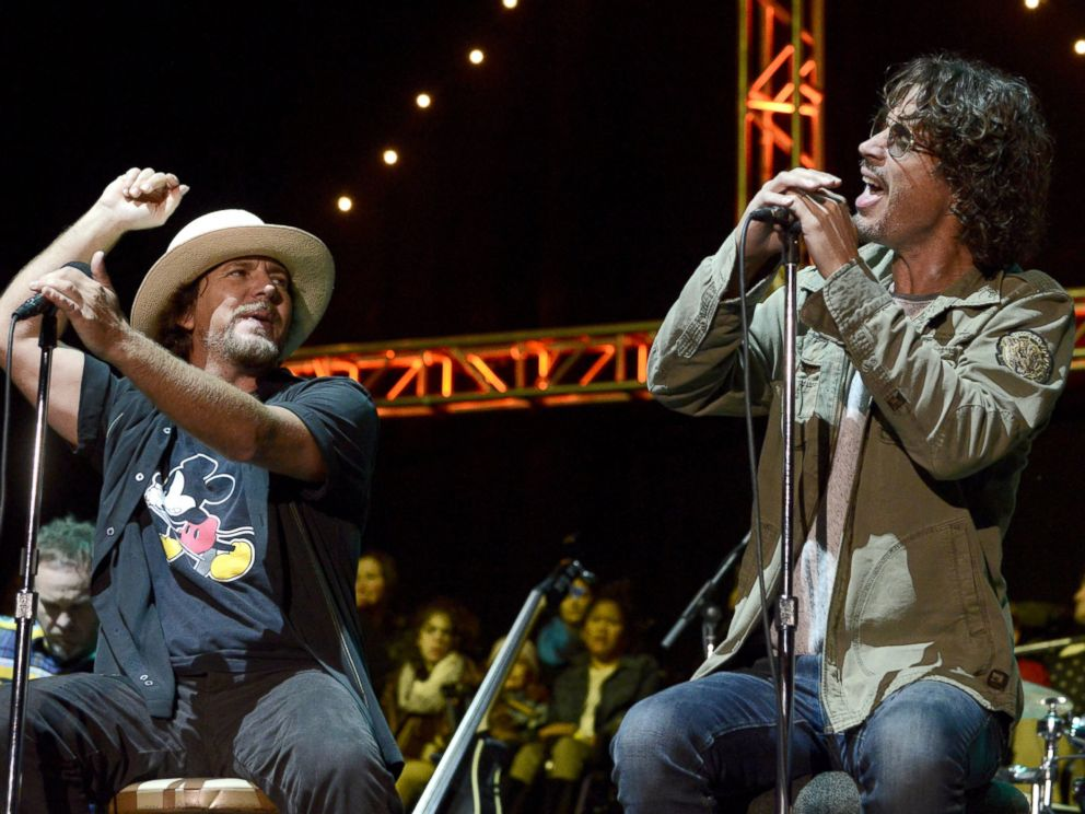 PHOTO: Eddie Vedder of Pearl Jam and Chris Cornell perform during the 28th annual Bridge School Benefit at Shoreline Amphitheatre, Oct. 26, 2014, in Mountain View, California.