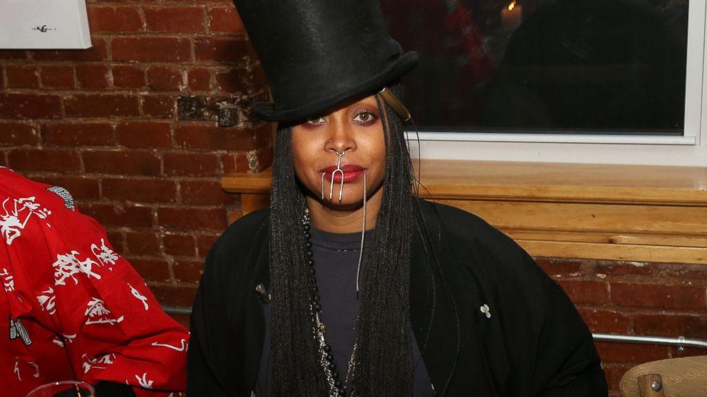 Erykah Badu attends the Soul Train Soul Food Vegan Dinner Party, Nov. 21, 2016 in New York City.