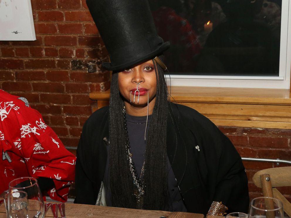 PHOTO: Erykah Badu attends the Soul Train Soul Food Vegan Dinner Party, Nov. 21, 2016 in New York City.