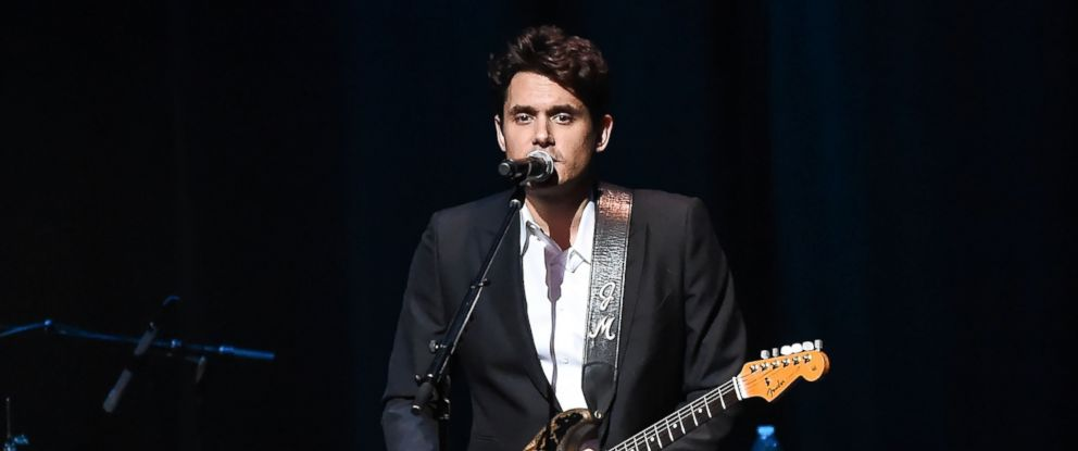 PHOTO: John Mayer performs during the 15th Annual A Great Night in Harlem Gala at The Apollo Theater on Oct. 27, 2016 in New York.