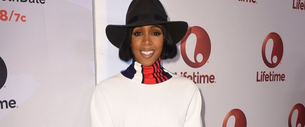 "PHOTO: Kelly Rowland attends ""Love By The 10th Date"" Red Carpet Screening & Panel Event at The London West Hollywood, Jan. 23, 2017 in West Hollywood, California."