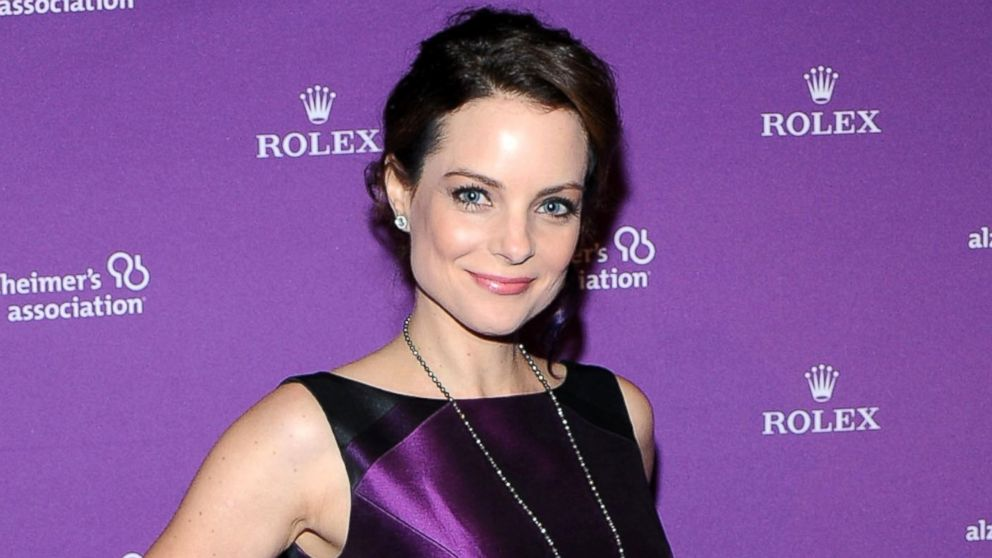 A Bride For Christmas Cast.Kimberly Williams Paisley Recalls Her Most Difficult Scene