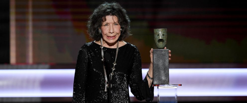 PHOTO: Lily Tomlin accepts the 2016 SAG lifetime achievement award onstage during The 23rd Annual Screen Actors Guild Awards at The Shrine Auditorium, Jan. 29, 2017, in Los Angeles.