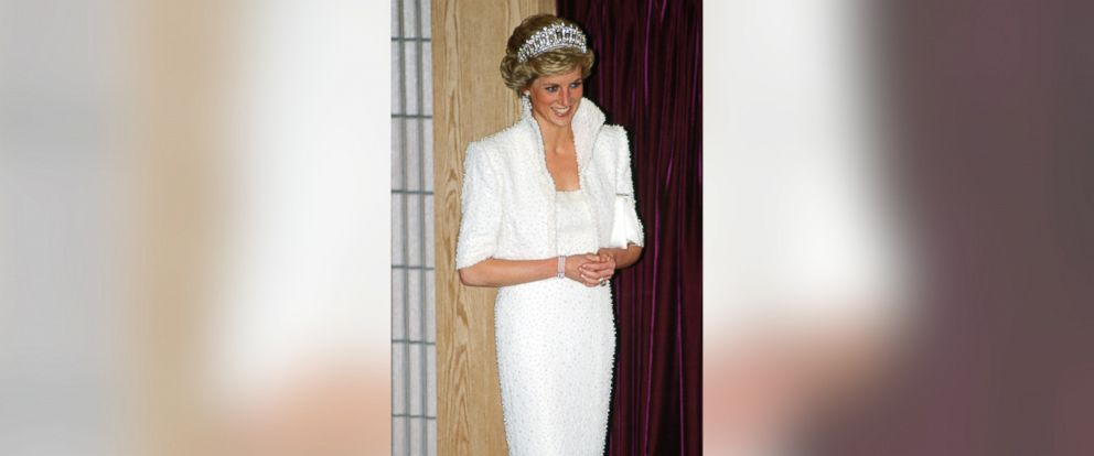"""PHOTO: Diana, Princess of Wales wears the """"Elvis dress"""" during a visit to the Culture Center in Hong Kong, Nov. 8, 1989."""