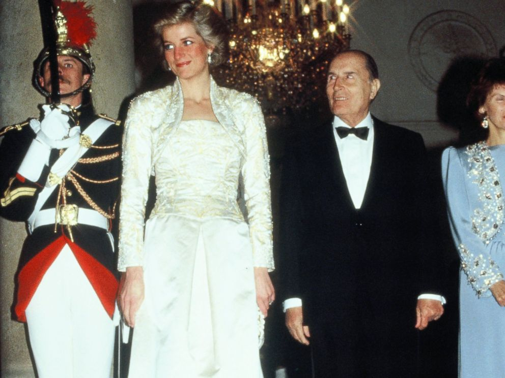 PHOTO: Diana, Princess of Wales, and former French President Francois Mitterrand attend a banquet at the Elysee Palace during her official visit to France on Nov. 7, 1988, in Paris.