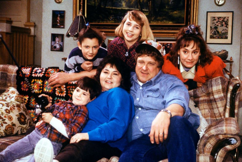 PHOTO: The cast of Roseanne.