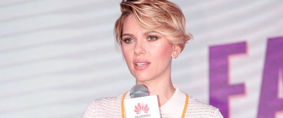 """PHOTO: Scarlett Johansson attends a fan club party of telecommunications equipment manufacturer """"Huawei,"""" Nov. 10, 2016, in Shenzhen, China."""