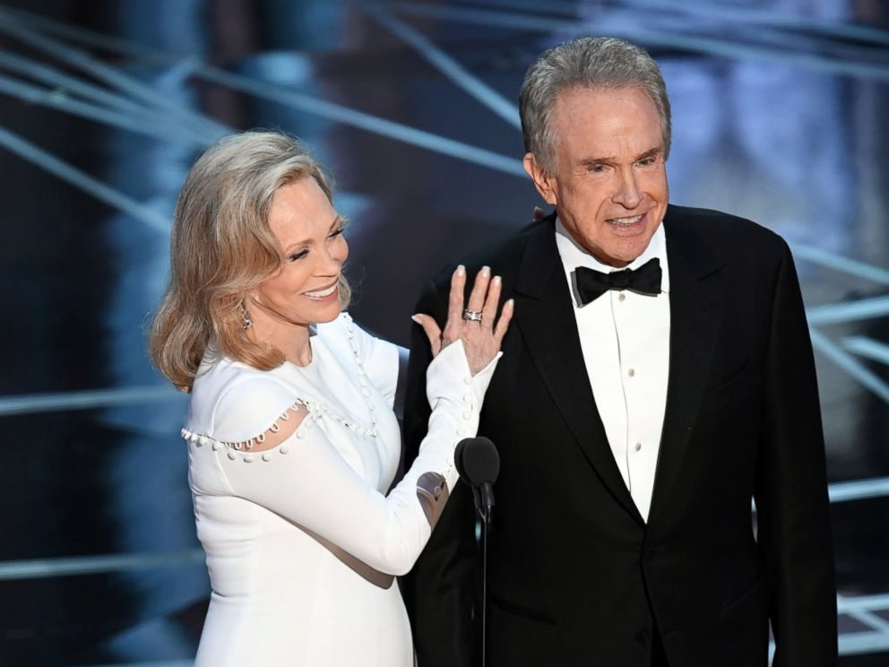 PHOTO: Actors Faye Dunaway and Warren Beatty speak onstage during the 89th Annual Academy Awards, Feb. 26, 2017, in Hollywood, Calif.