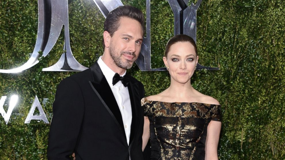 Amanda Seyfried and Boyfriend Thomas Sadoski Are Engaged ...