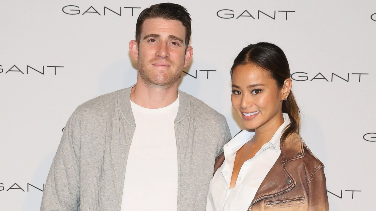 co-stars jamie chung and bryan greenberg get married in california