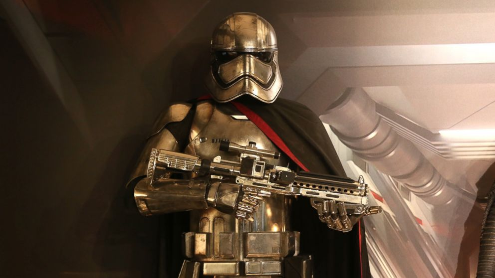 Captain Phasma Coming Back For Next Star Wars Abc News