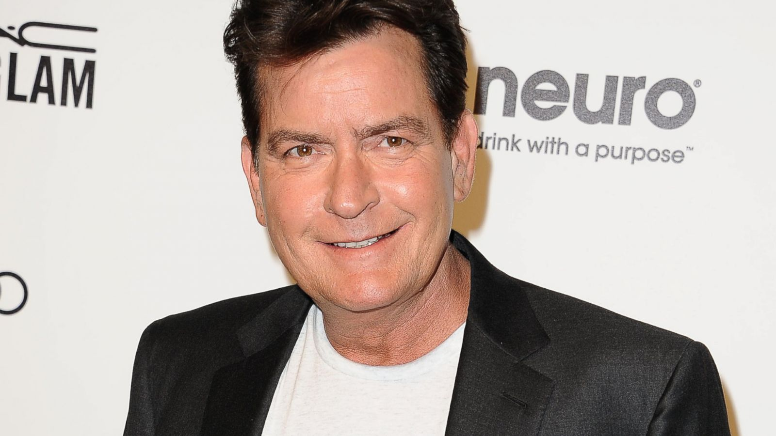 Charlie Sheen was hidden in a drug clinic 01.02.2011 23