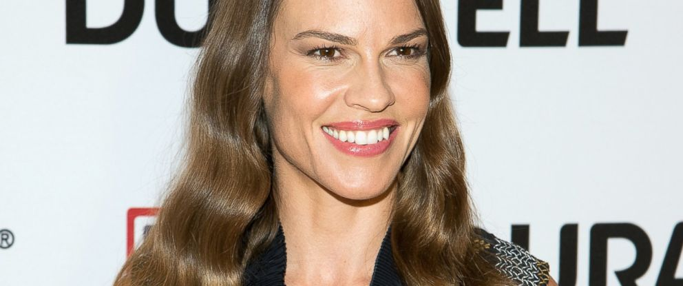 Hilary Swank Puts Career On Hold To Care For Dad Abc News