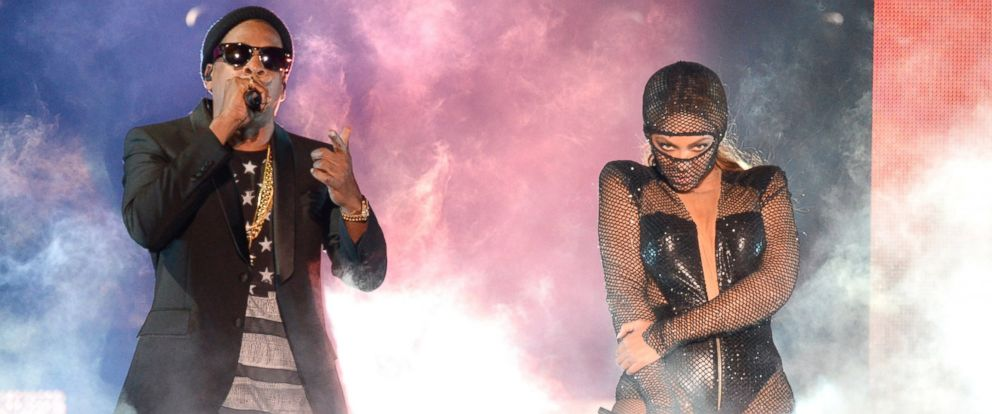 """PHOTO: Jay-Z and Beyonce perform during opening night of the """"On The Run Tour: Beyonce And Jay-Z"""" at Sun Life Stadium, June 25, 2014, in Miami Gardens, Fla."""