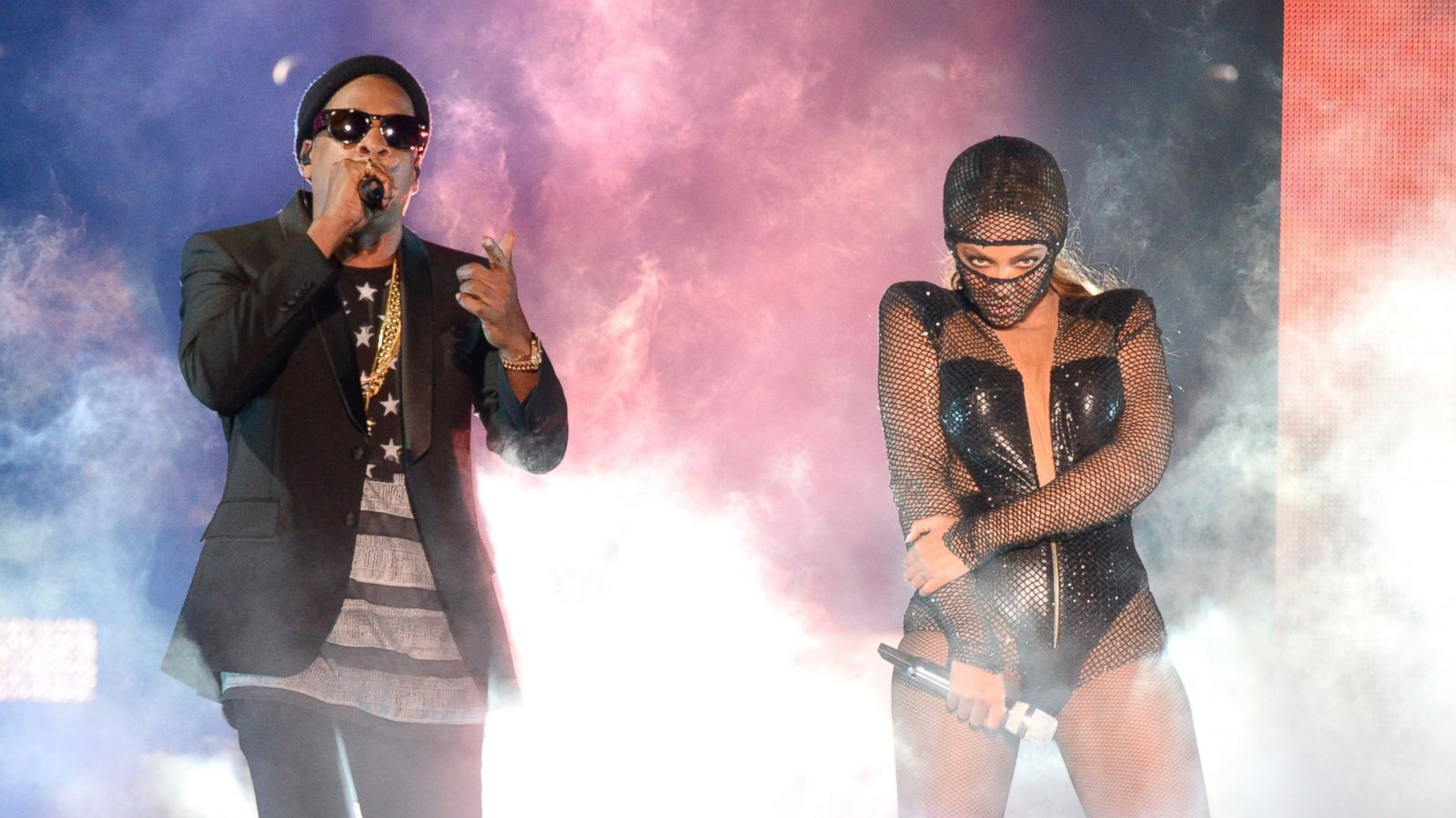 Jay-Z and Beyonce Share Home Videos at Concert - ABC News
