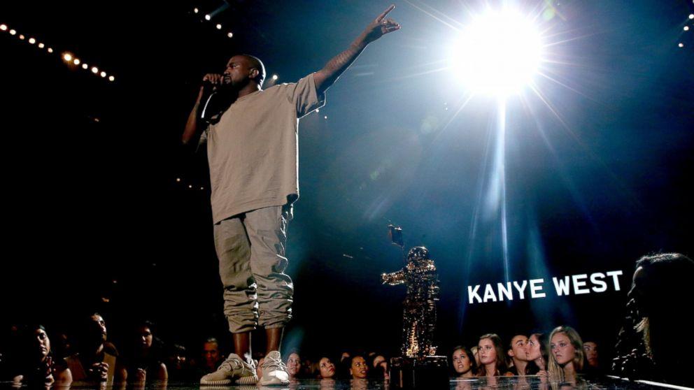 2015 MTV VMAs: Kanye West Says He'll Run For President in Vanguard ...