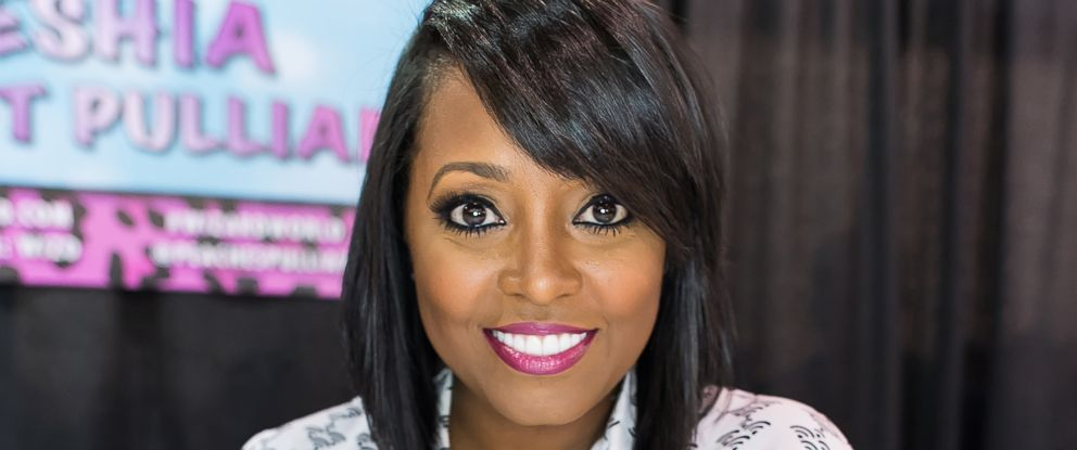 PHOTO: Actress Keshia Knight Pulliam attends day 3 of Wizard World Comic Con at Pennsylvania Convention Center on May 9, 2015 in Philadelphia.