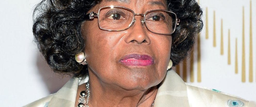 """PHOTO: Katherine Jackson arrives at the world premiere of """"Michael Jackson ONE by Cirque du Soleil"""" at THEhotel at Mandalay Bay, June 29, 2013, in Las Vegas."""