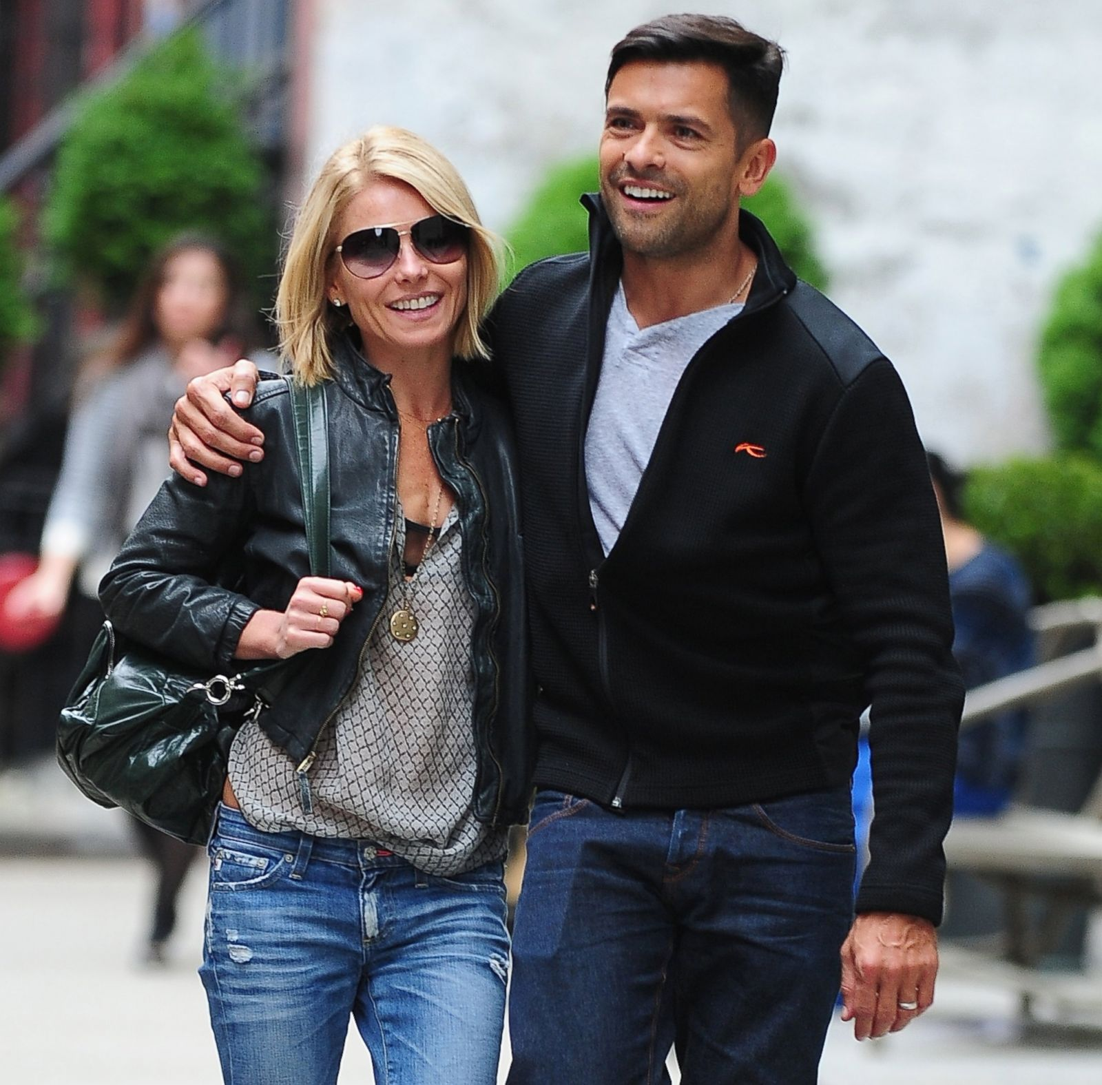 Kelly Ripa's Life In Photos Photos