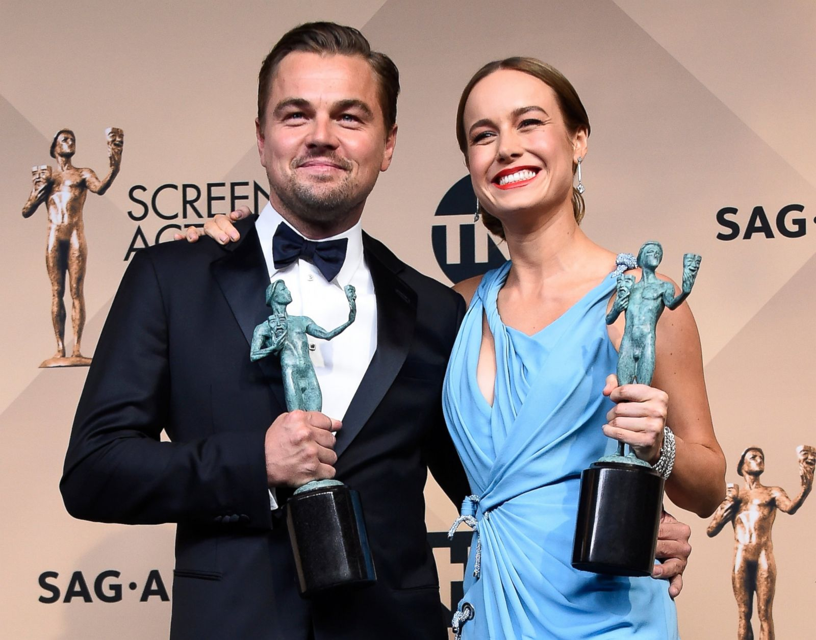 Leonardo Dicaprio And Brie Larson Win Big At The Sag Awards Picture
