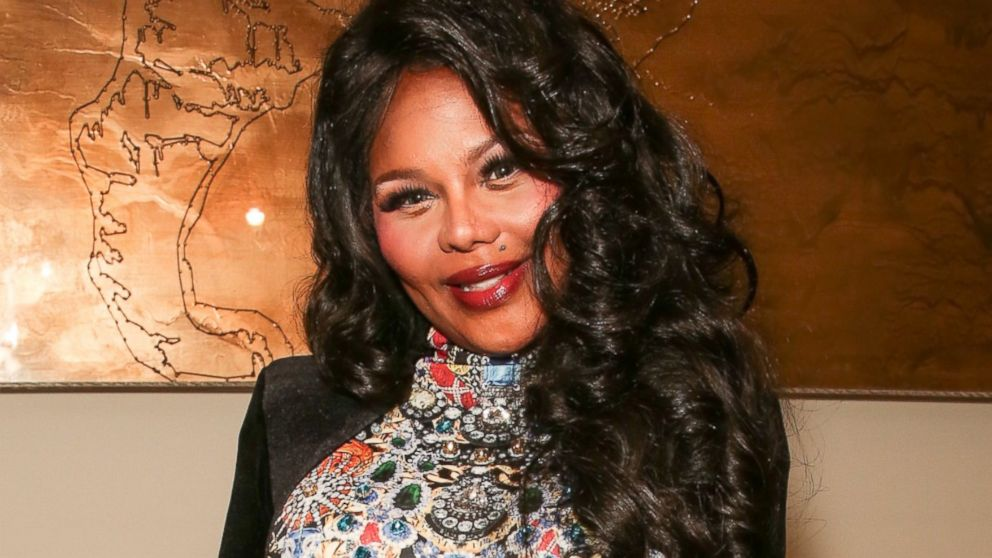 Lil Kim Welcomes Daughter Royal Reign Abc News Setting the record straight on a number of. lil kim welcomes daughter royal reign