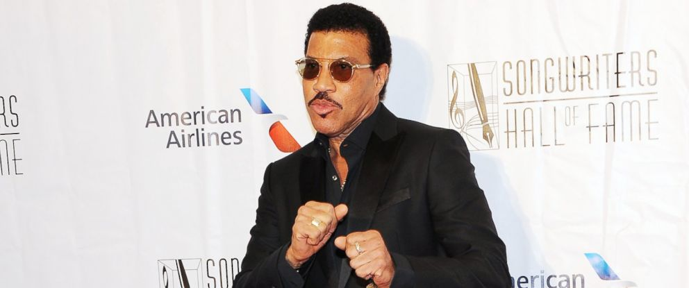 PHOTO: Lionel Richie attends the 47th Annual Songwriters Hall Of Fame Induction And Awards Gala at The New York Marriott Marquis, June 9, 2016 in New York.