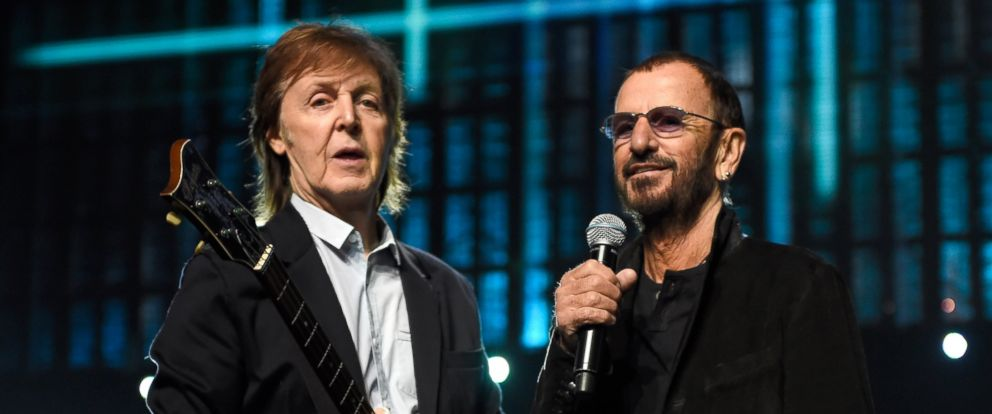 PHOTO Paul McCartney And Ringo Starr During Rehearsals For The 30th Annual Rock Roll