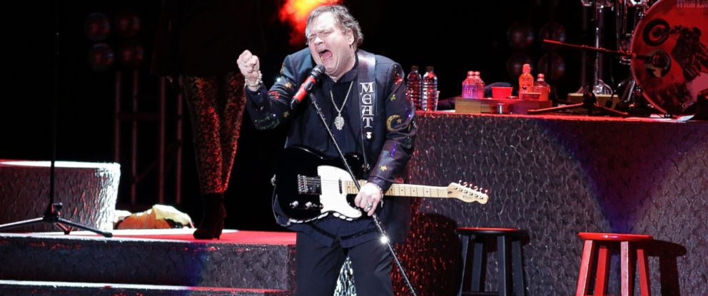 PHOTO: Meat Loaf, Singer, Rock, USA, performs April 28, 2013, in Berlin, Germany, at O2 World.
