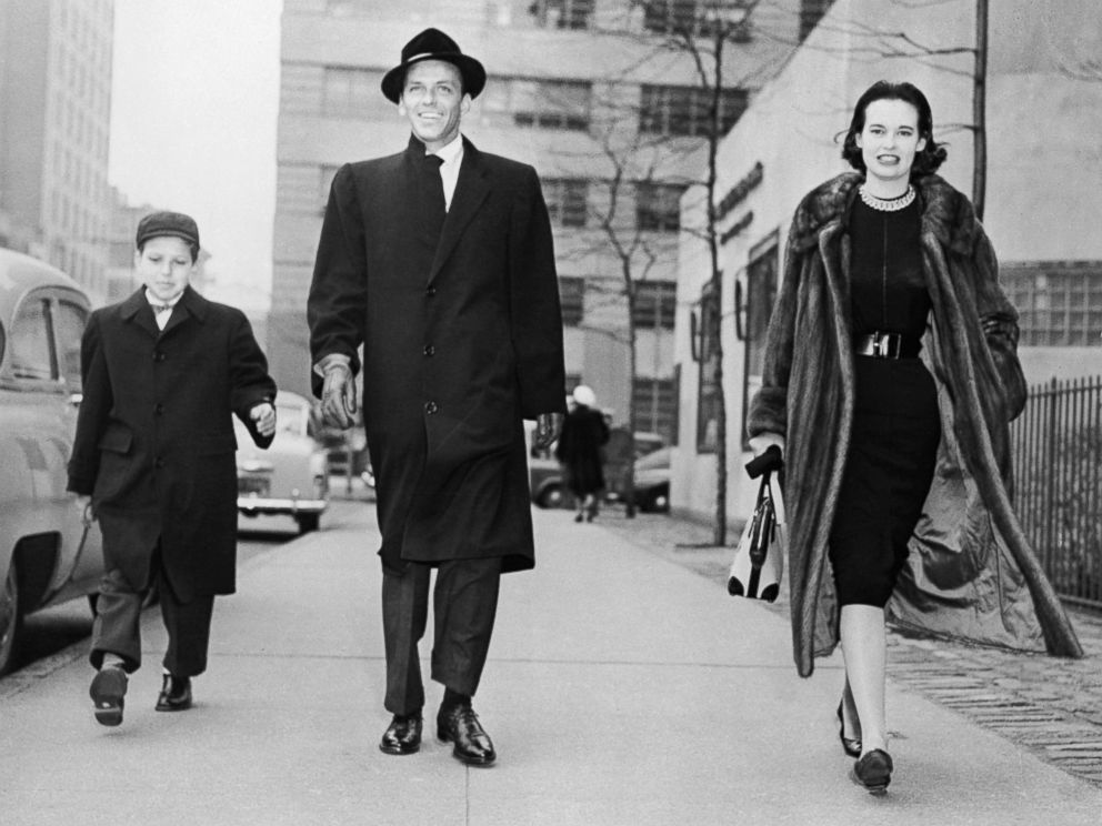 PHOTO: Gloria Vanderbilt Stokowska strolling with actor-singer Frank Sinatra and the latters son, Frank, Jr., on New Yorks First Avenue, Dec. 31, 1954.