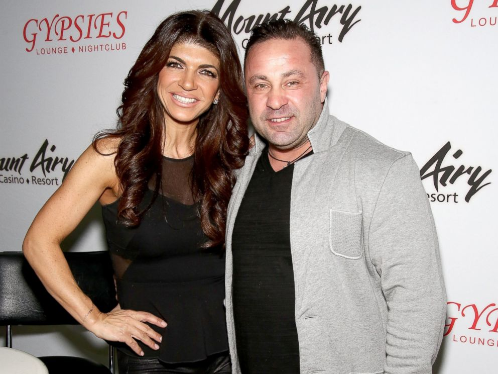 PHOTO: Teresa Giudice and Joe Giudice appear at Mount Airy Resort Casino for a book signing and meet and greet in this March 5, 2016 file photo in Mount Pocono City.