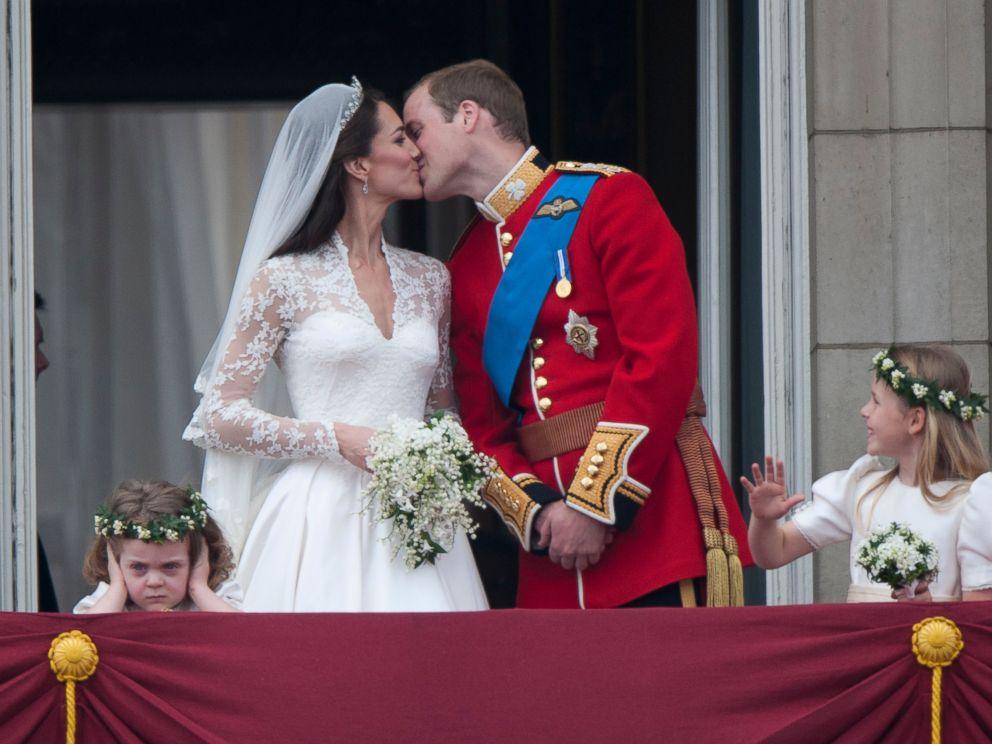 Double Buckingham Palace Wedding Kisses