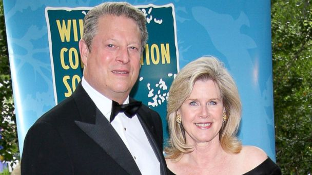 """PHOTO: Al Gore and Tipper Gore attend The Wildlife Conservation Societys """"Safari! India"""" at The Central Park Zoo, June 3, 2008, in New York."""