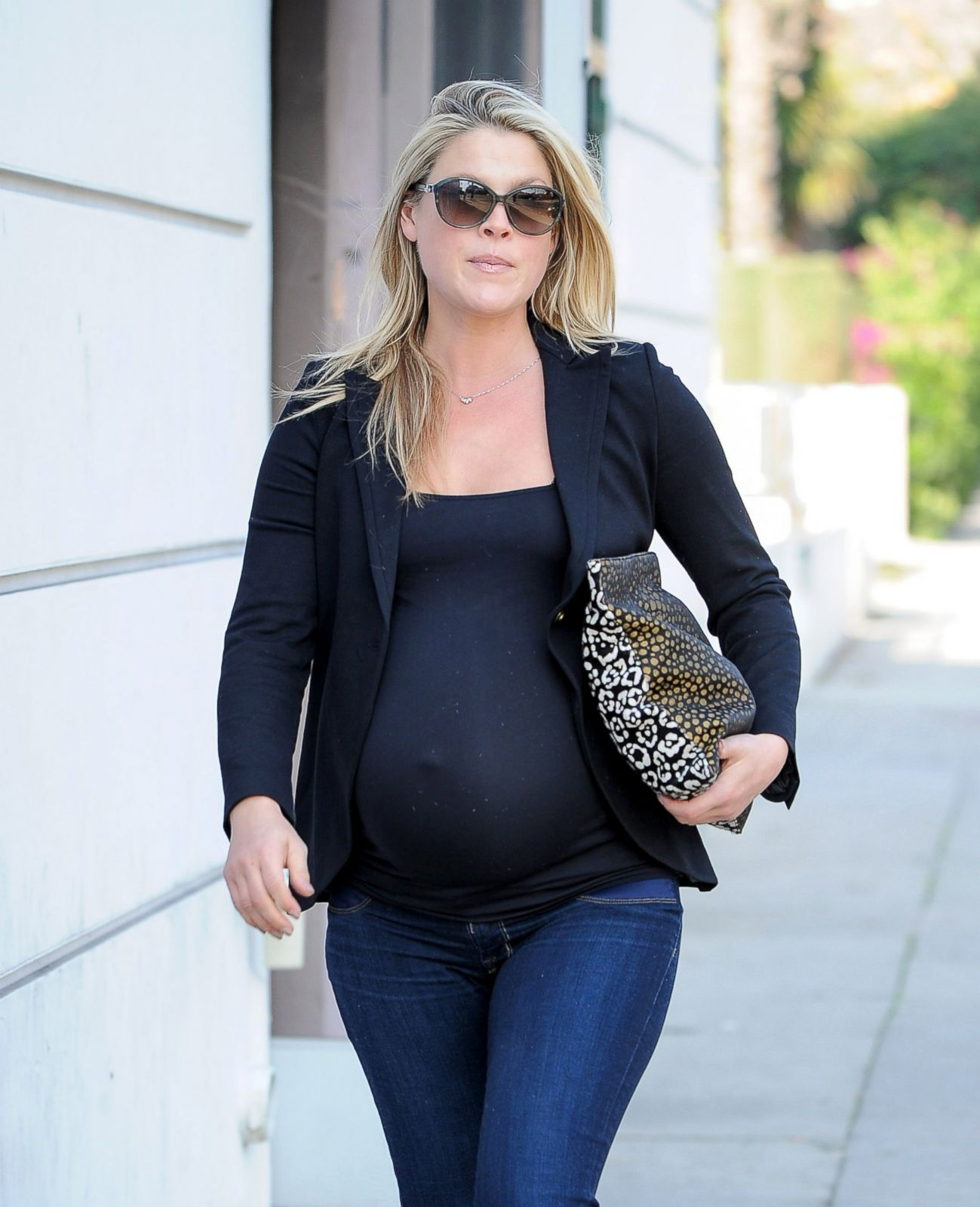 11 Celebrity Baby Bumps to Keep an Eye on This Summer ...