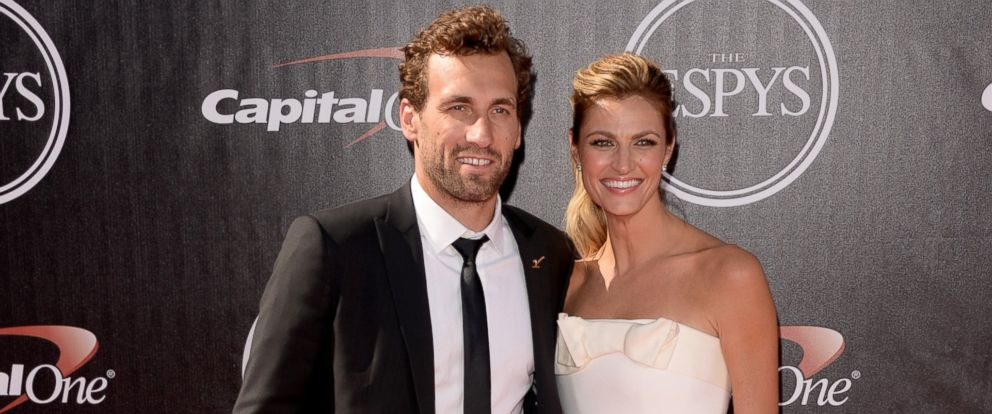 PHOTO: Jarret Stoll and Erin Andrews attend The 2014 ESPYS at Nokia Theatre L.A. Live in this July 16, 2014 file photo in Los Angeles.