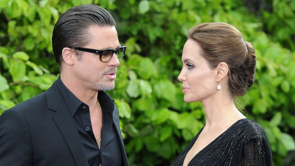 First Pictures From Brad Pitt And Angelina Jolie's Wedding