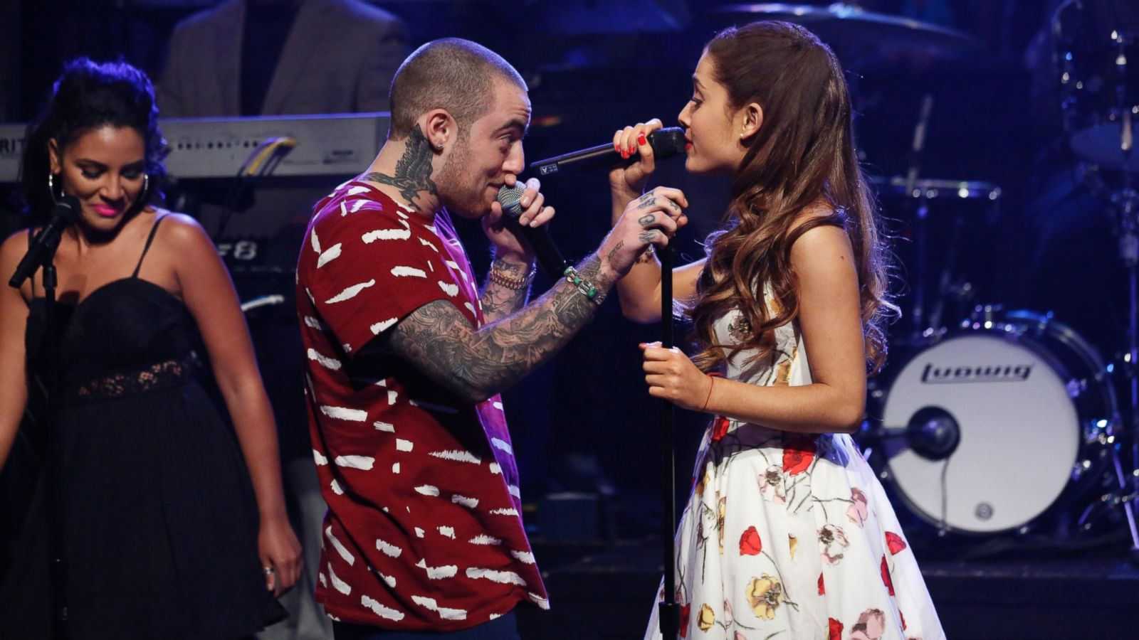 ariana grande and mac miller heat up rumors that they re dating
