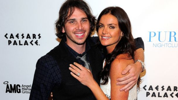 "PHOTO: Ben Flajnik and Courtney Robertson from ""The Bachelor"""