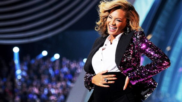 PHOTO: Beyonce performs onstage at the 2011 MTV Video Music Awards on Aug. 28, 2011, in Los Angeles.